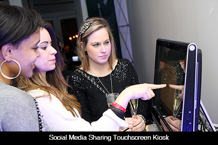 Social-Media-Sharing-Touchscreen